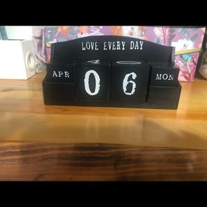 💥 Calendar Decor- Month, Day, and Year Inserts